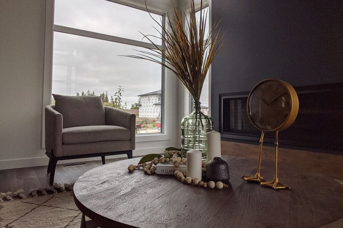 k-Fiberglass_Windows_Berdick_Showhome_Winnipeg.jpg_11